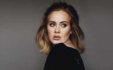 TOP GOSSIP #5: Adele Ditawari Kontrak Rp1,7 Trilyun jika Pindah ke Sony