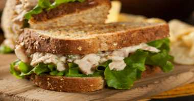 Kreasi Sarapan Lezat: Sarden Cheese Sandwich