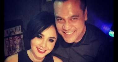 FOTO: Gandeng Tangan Yuni Shara, Chico Hakim Didoakan Cepat Nikah