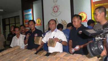 Polisi Sita Ganja 734 Kg di Dalam Truk