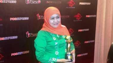 Perangi Kejahatan Seksual Anak, Khofifah Raih Penghargaan INewsMaker Awards