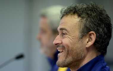 Luis Enrique Pantas Dipertahankan Barcelona