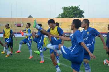 Pemanasan Maung Bandung Jelang Kontra Madura United