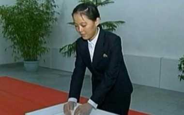 Kim Jong-un Cari Suami untuk Adiknya, Tertarik?