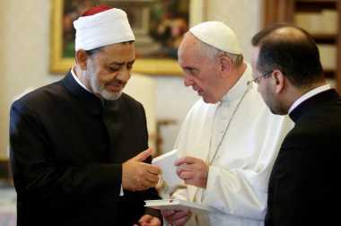 Palestina Atur Pertemuan Imam Al Azhar dengan Paus Fransiskus