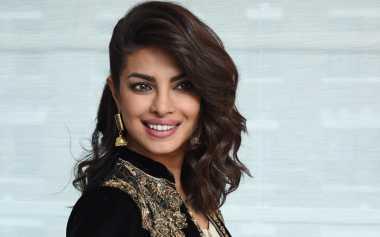 TOP GOSSIP #7: Priyanka Chopra Ingin Jadi 'James Bond' Versi Wanita