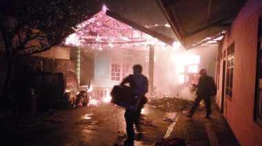 Bentrok Kembali Pecah di Timika, Satu Rumah Dibakar