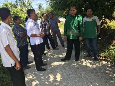 Dana Desa buat Gapura, Menteri Marwan Semprot Bupati Kampar
