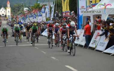 Memori Tour de Flores Terekam di Pebalap Sepeda