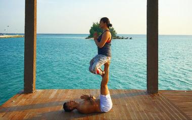 FOTO: Anjasmara dan Dian Nitami Mesra saat Yoga