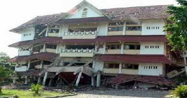 Kilas Balik Gempa Yogyakarta