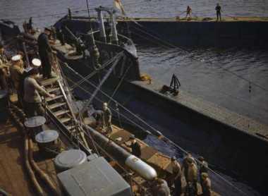 Kapal Selam Inggris Ditemukan Bersama 71 Mayat di Dalamnya