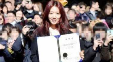 FOTO: Park Shin Hye Cinta Pertama Aktor Taiwan Darren Wang