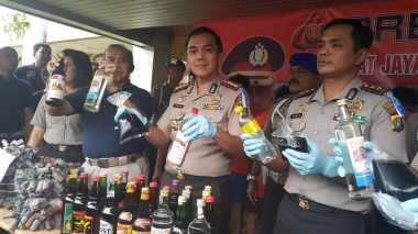 Jelang Ramadan, Ribuan Botol Miras di Tangerang Diamankan