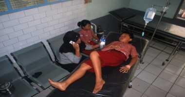 Siswa SD Keracunan Massal Usai Santap Jajanan di Depan Sekolah