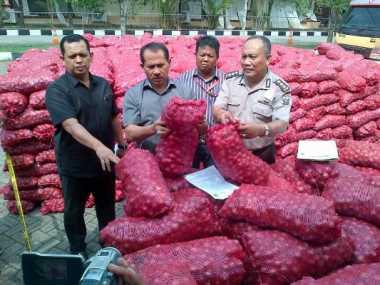 Tiga Truk Bawang Asal India Gagal Beredar di Medan