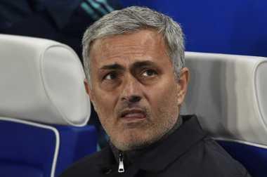 Jose Mourinho Resmi Latih Manchester United pada Jumat