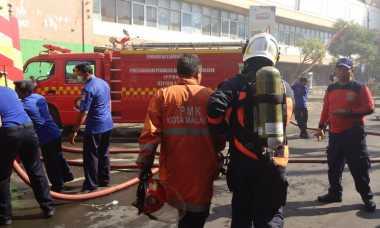 Kebakaran Pasar Besar Malang, 11 Mobil Pemadam Dikerahkan