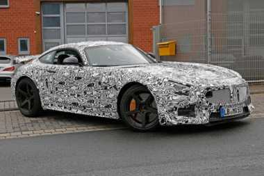 Mercedes Benz AMG GT-R Meluncur Bulan Depan