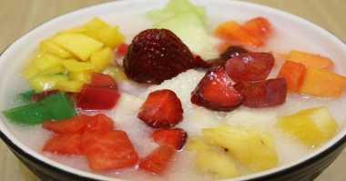 Dingin Segar Sop Buah Yogurt Spesial