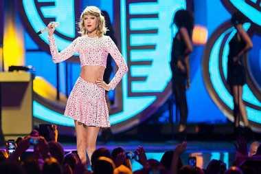 Taylor Swift hingga Chrissy Teigen dapat Ancaman Pembunuhan