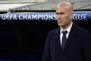 Penyerang Madrid Senang Berlatih dengan Zidane