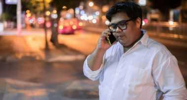 Tips Turunkan Berat Badan: Kurangi Main Smartphone agar Tubuh Ramping
