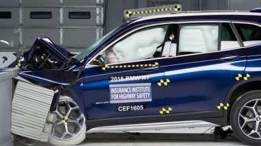 Diuji Tabrak, BMW X1 Raih Predikat Top Safety Pick+