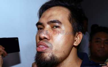 TERHEBOH: Saipul Jamil Dijemput Penyidik Polda Metro