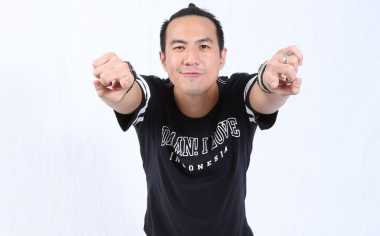 Daniel Mananta Kaget Dipelototi Pacar Coach Agnez Mo di The Voice