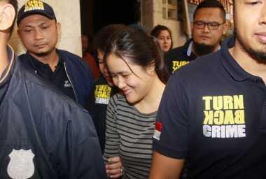 Polisi Kewalahan Cari Bukti Jessica Menaburkan Sianida