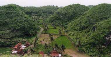 TOP TRAVEL 8: Jadi Geopark Dunia, Gunung Sewu Tembus 4,5 Juta Wisatawan