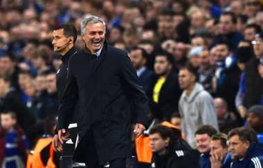Soccerpedia: Bukti Kalau Mourinho Bukan Penganut Sepakbola Bertahan