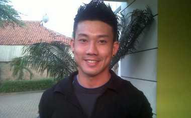 Jaga Stamina, Denny Sumargo Atur Pola Hidup