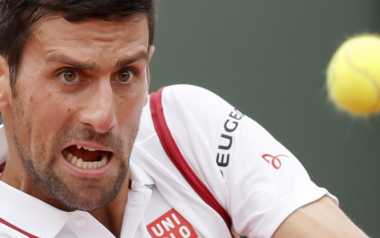 Novak Djokovic Tak Terbendung, Jo-Wilfried Tsonga Retired dari French Open 2016