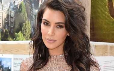 Wih, Kanye West Lebih Cinta Kim Kardashian Tanpa Make-Up!