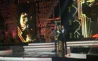 IMA Awards 2016: Menang, Ria Irawan Sekaligus Rayakan Kesembuhan dari Kanker