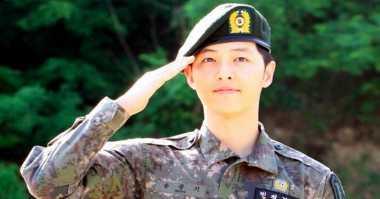 TOP GOSSIP #8: Aktor Song Joong Ki Dikabarkan Merambah Hollywood