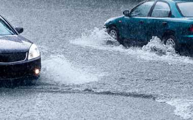 Terendam Banjir, Jalan Lintas Bengkulu-Lampung Lumpuh