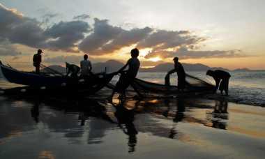 Sampai Seminggu ke Depan, Gelombang Laut Bengkulu Masih Ganas