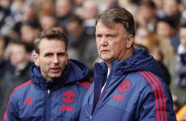 Pecat Louis van Gaal, Manchester United Tak Pantas Juara FA Cup!