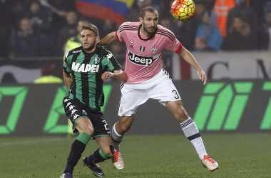 Juventus dan Barcelona Saling Sikut demi Bintang Sassuolo