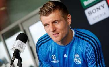 Dikaitkan dengan Manchester City, Toni Kroos Tegaskan Ingin Tetap di Real Madrid