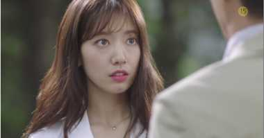 Park Shin Hye Jago Bela Diri di Teaser Doctors