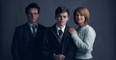 Foto Harry Potter Versi Tua Beredar