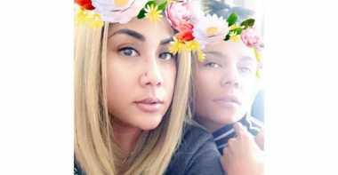 FOTO: Lucunya Regina dan Nowela Parodikan Keluarga Kardashian