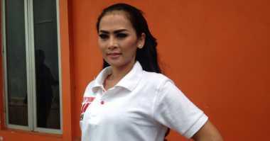 Fania Sempat Jalani Hubungan Spesial dengan Vicky Prasetyo