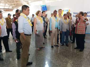 Jonan Ajak 32 Menteri Transportasi Dunia Keliling Bandara Ngurah Rai