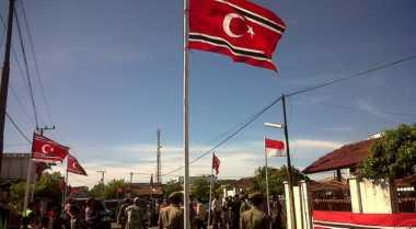 Bendera Bulan Bintang Berkibar di Aceh Besar