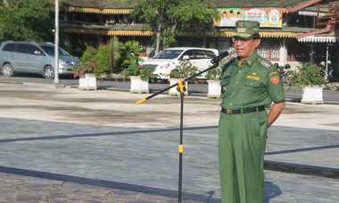 Bupati Inhil Pingsan saat Jadi Pemateri Seminar Lahan Gambut